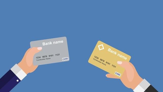 国内初!側面もカラーのクレジットカードが2018年11月から登場。